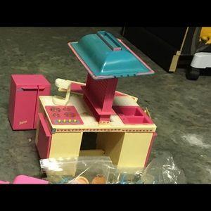 BARBIE - Dream Kitchen!